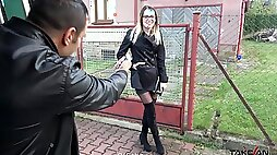 Wild fucking between a large dick dude and horny Samantha