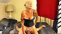 Face Sitting 69 Cunnilingus and Deep in her throat blowjob