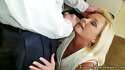 Horny Housewives Love CREAMPIES FACIALS