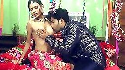 Bhabhi Has Sex Kissing Pussy Honeymoon