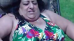 Indian huge boob 50yo aunty fwb and me at the pool