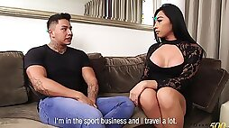 Sport guy gives a blowjob to sexy transsexual Ivana Alejo and fucks her anus