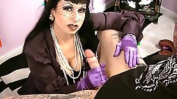 Smokin CFNM fetish mother Id like to fuck in nylons jerking off