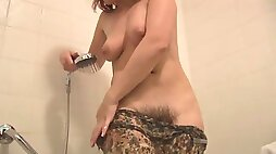 Unshaved Mother Like To Fuck takes a shower