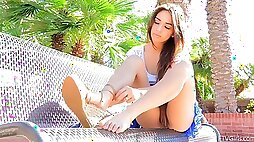 Fantastic Sara Walks Naked Outdoors In A Solo Model Video