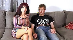 Natalie gets her clit licked before spreading her legs for some genuine orgasmic fun