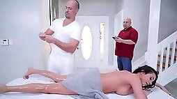 Ariella Ferrera gets oiled up rubbed down by her masseur